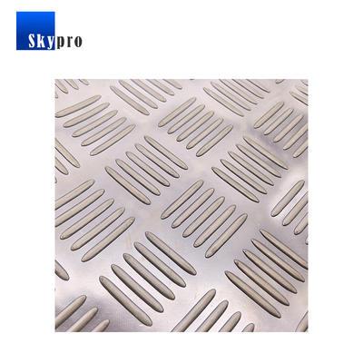Rubber sheet black anti-skidding stripe pattern rubber floor matting