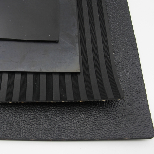 Thick anti slip high friction resistance rubber sheeting