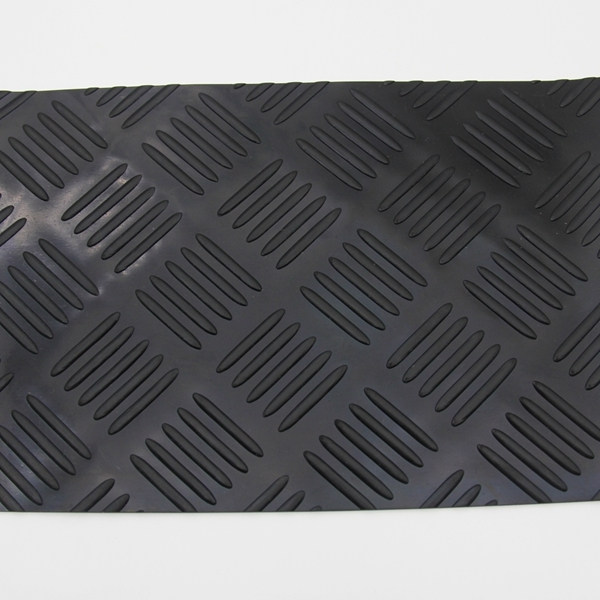 High Quality Anti Slip Checker Rubber Sheet/mat/plate/flooring Roll For Truck /Garage
