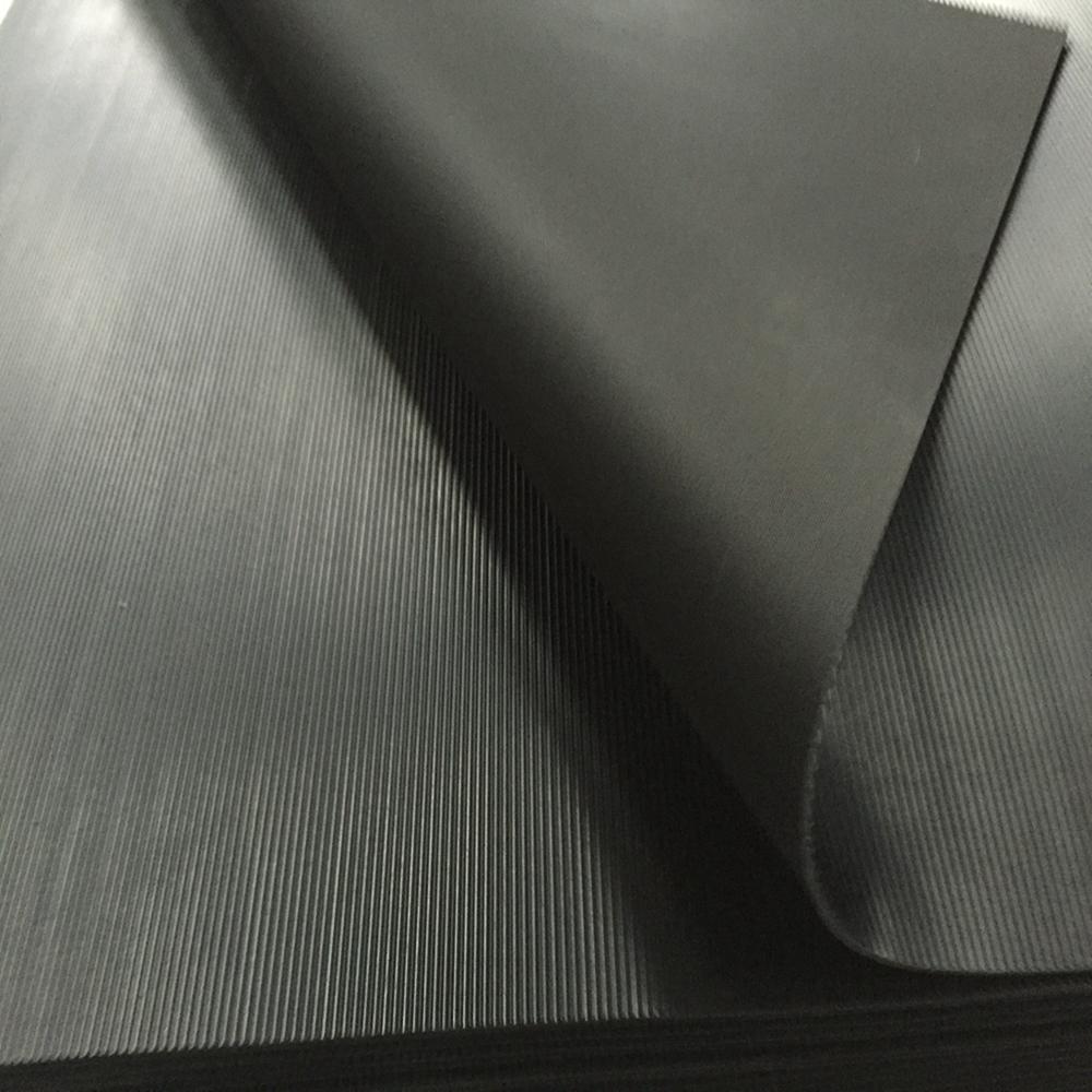 Water-resistant Black Rubber Sheet  5mPa Tensile Strength