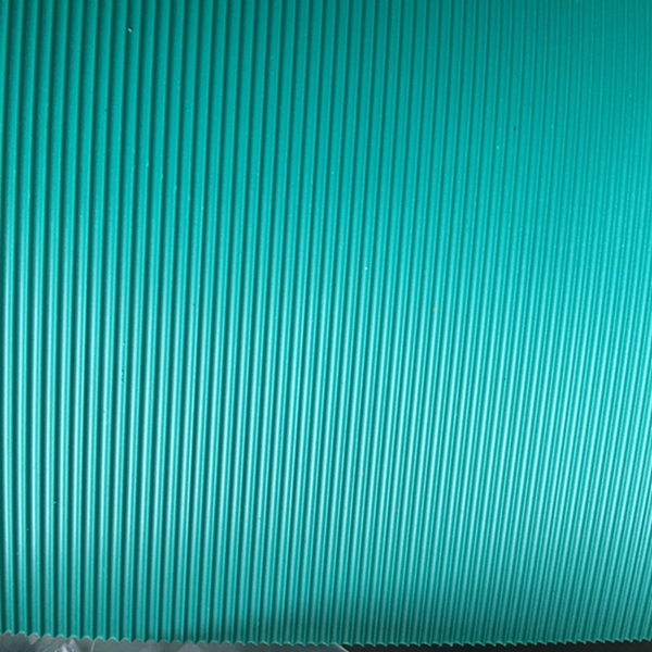 Anti-skidding colorful low price corrugated rubber sheet mat
