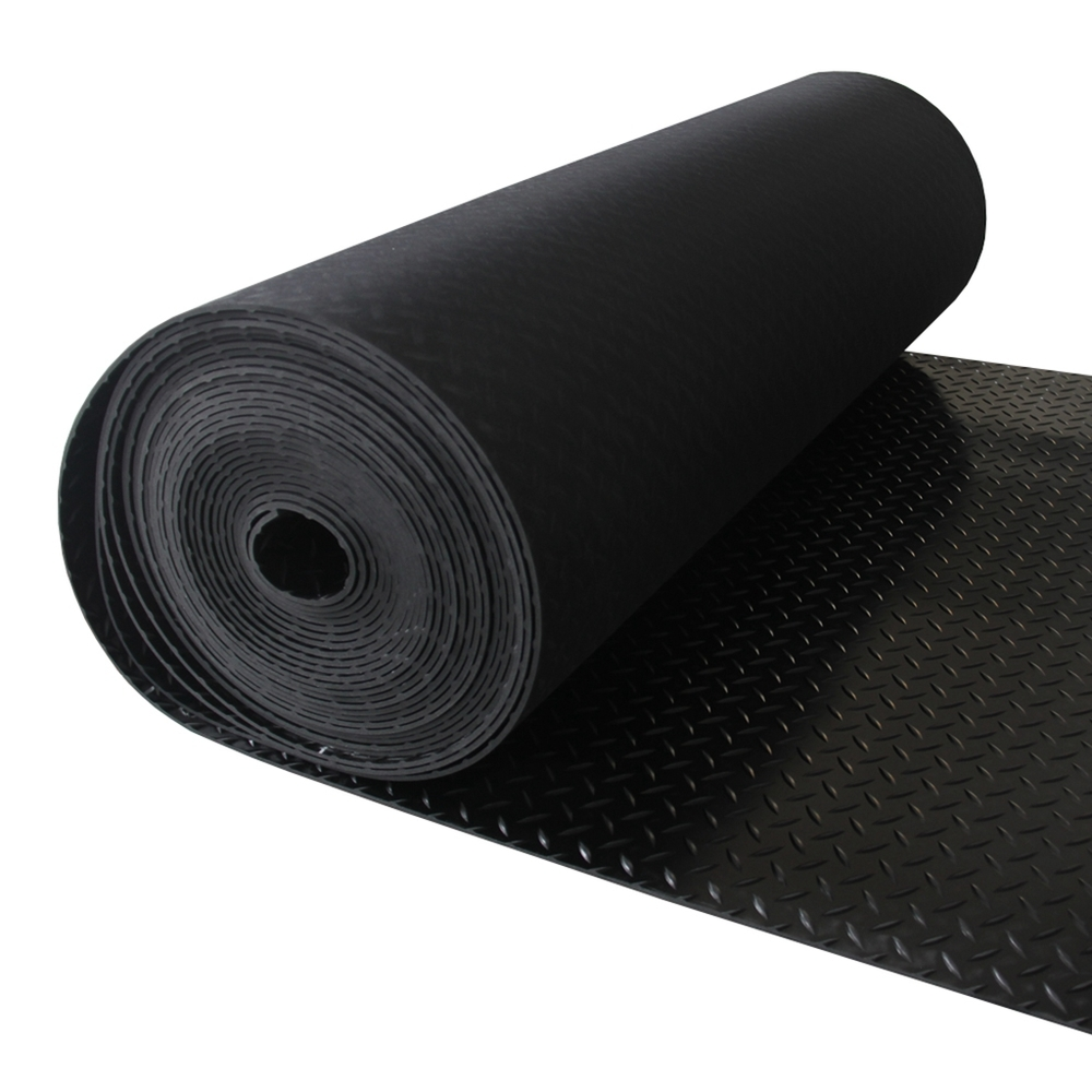 Anti-slip diamond tread pattern rubber floor sheeting